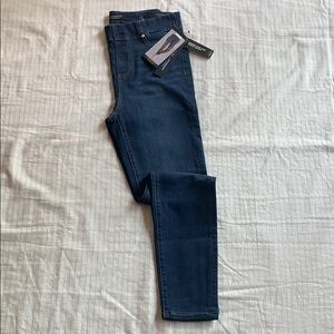 Liverpool Jeans Chloe High Rise Ankle Skinny